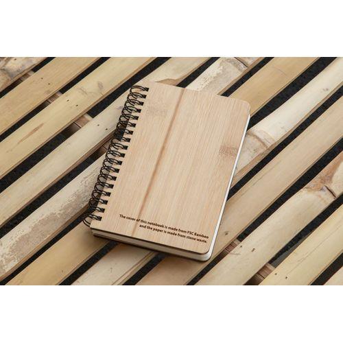 Carnet réalisé à partir de déchets de pierre avec une couverture en bambou