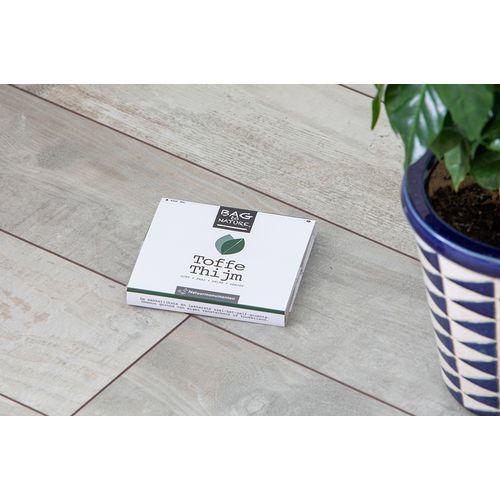 Une bag de propres plantes et légume (mélange aléatoire)