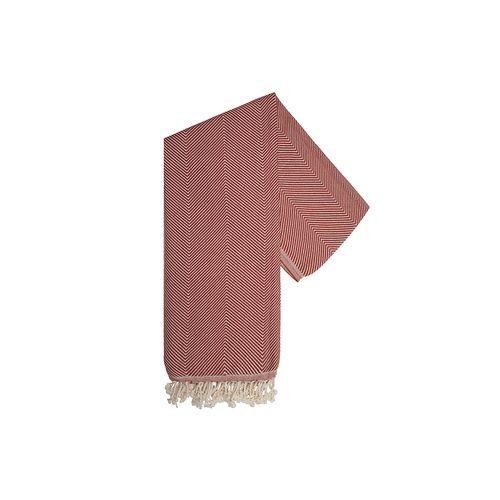Pure est un tissu merveilleusement doux et élégant avec un motif à chevrons classique du All Seasons collection d'Oxious.