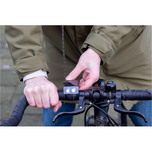 Une lampe de vélo qui continue de fonctionner