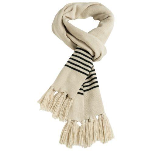 écharpe fine tricotee