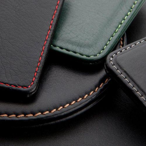 Pochette zippée 281 x 180 x 6 mm en cuir Hampton de couleur