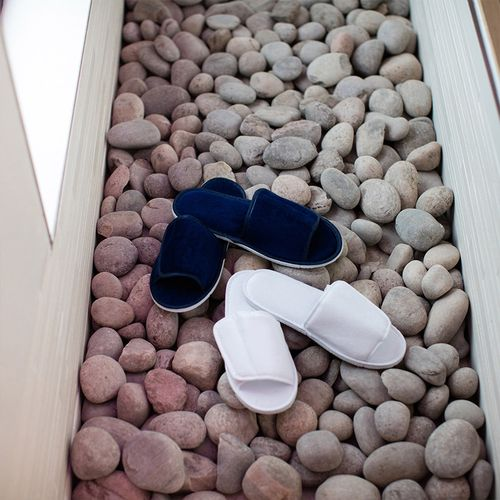 OPEN TOE SLIPPERS WITH SIDE FASTENING