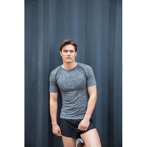 ADULTS' SEAMLESS SHORT SLEEVED TOP