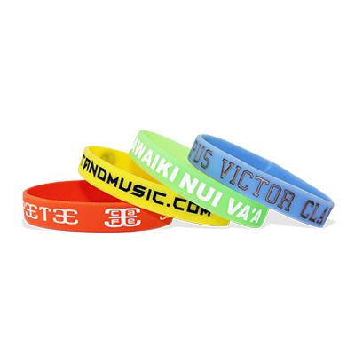 Bracelets en silicone avec gravure et imprimés, taille large / adulte, Rose Vif
