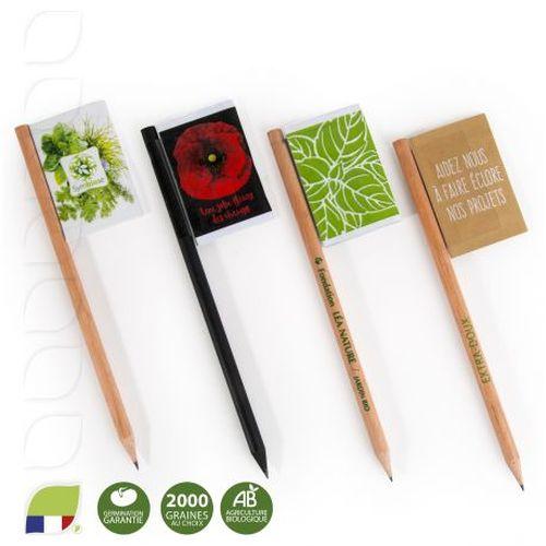 Crayon de bois naturel et sachet de graines en drapeau
