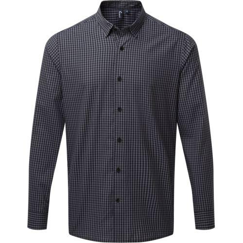 Large-check gingham shirt