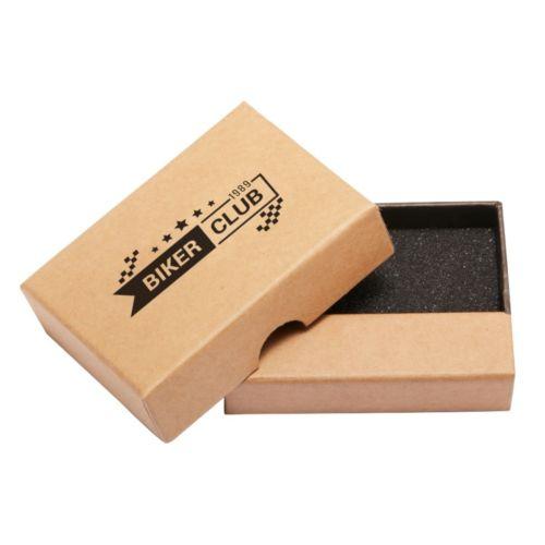 Petite boîte marron en carton