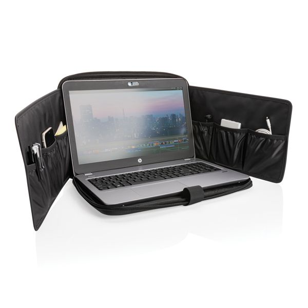 Swiss Peak Deluxe PU Laptop-Sleeve Workstation, PVC-frei ANDRANG GmbH Bahnhofstrasse 54 71332 Waiblingen XINDAO BV