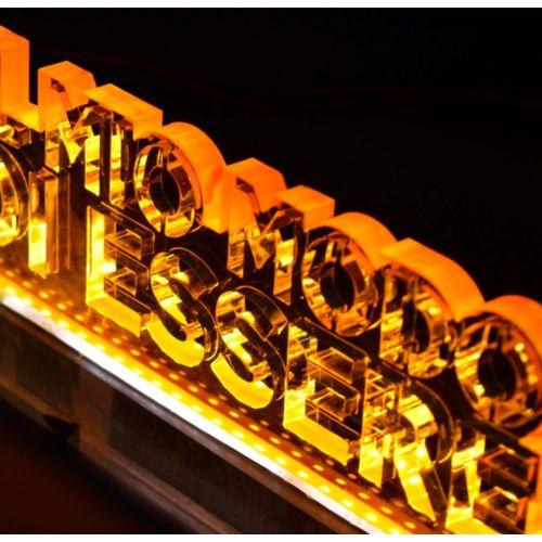 Découpe et gravure sur plexiglas personnalisé  goodies objets publicitaires