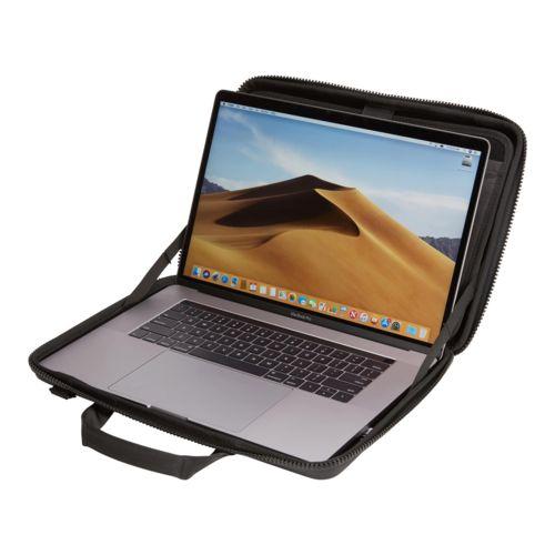 tietokonepussi